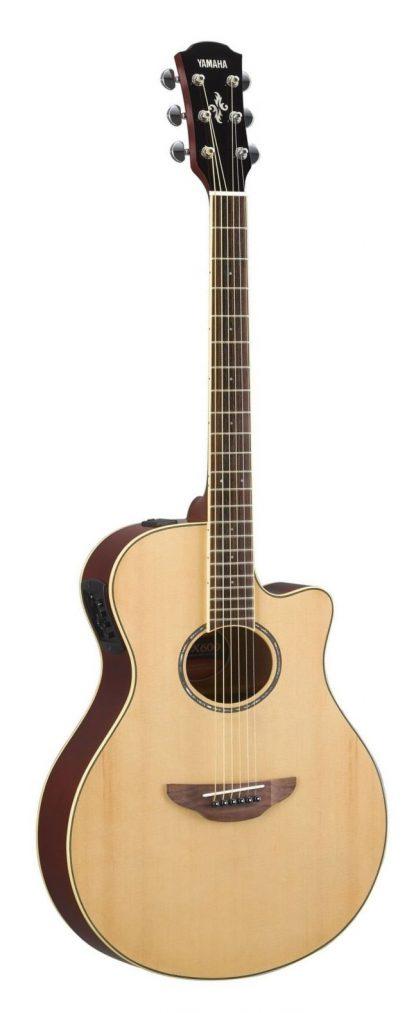 Электроакустическая гитара YAMAHA APX600