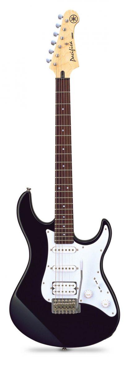 Электрогитара Yamaha PACIFICA 012